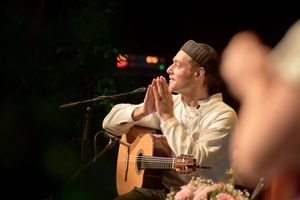 e3621c34-snatam-kaur-concert-part-one-artists-6-of-31_orig.jpg