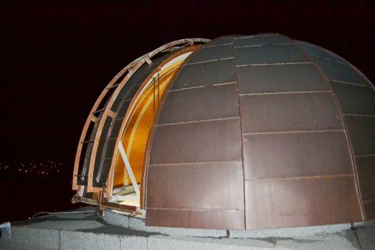 Smutek! Také dveře táborské hvězdárny musejí zůstat aždoodvolání zamčené